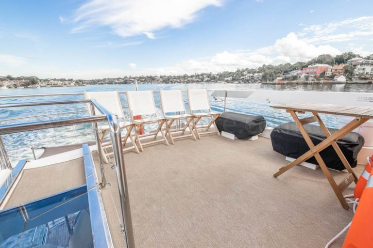boat hire sydney on engima 35
