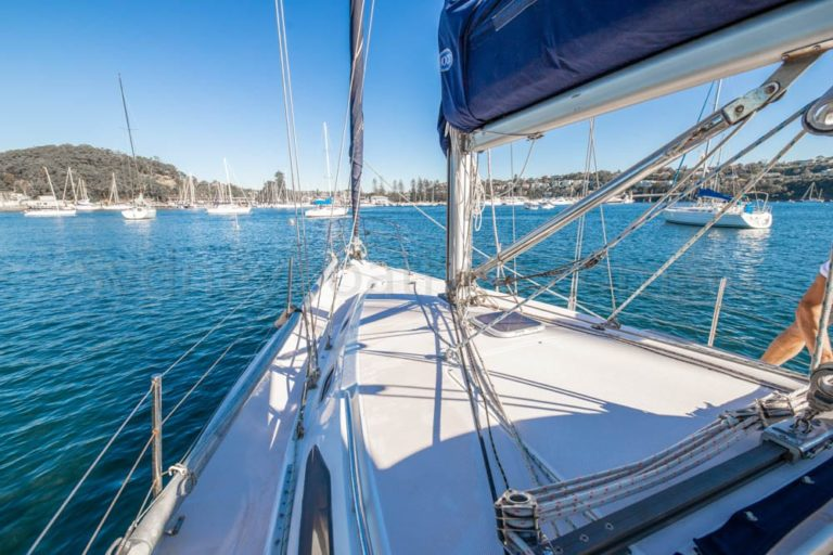 boat hire sydney on cutting loose 25